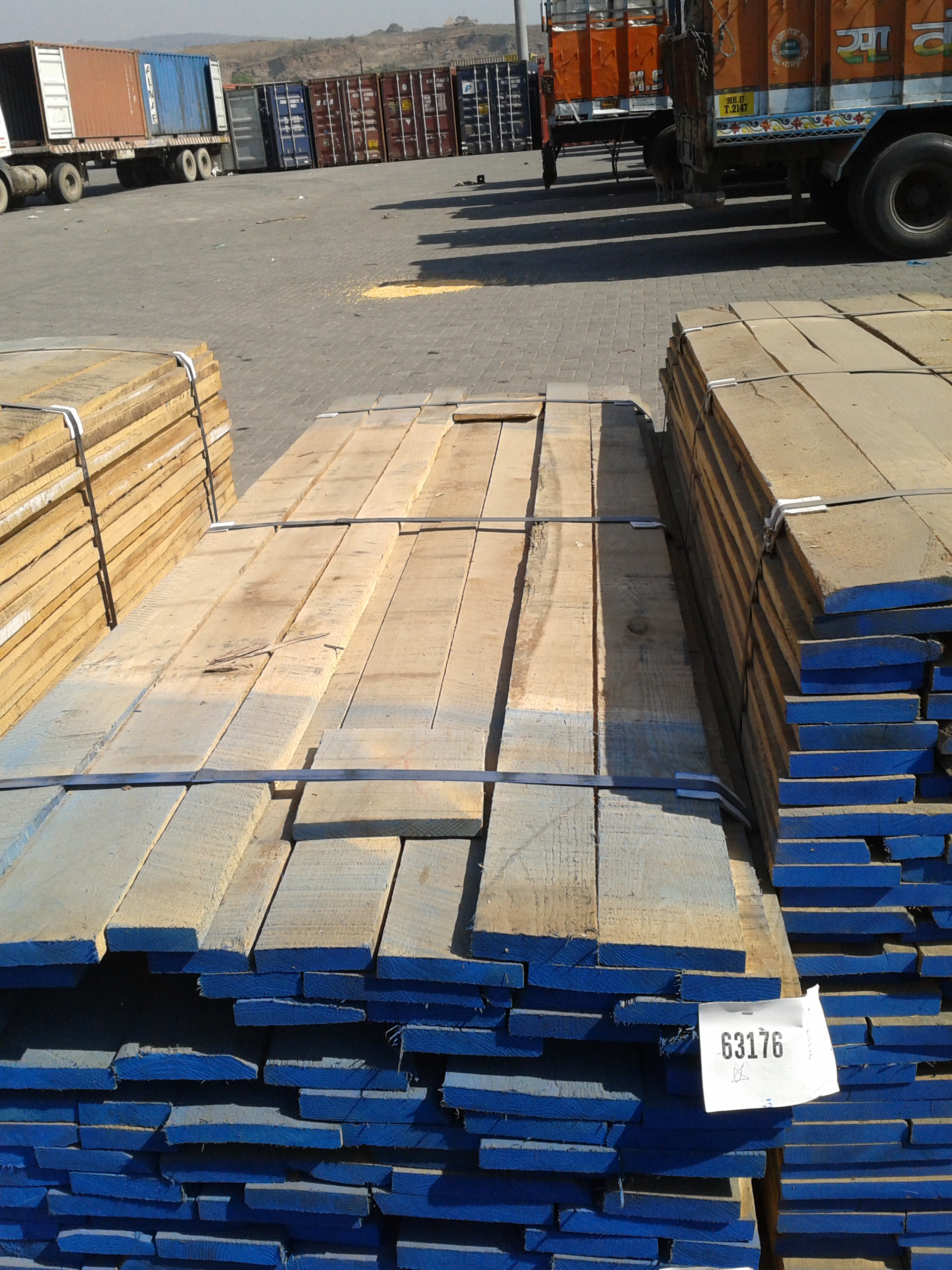 red-oak-suppliers